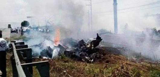 Queretaro, Meksyk - Na autostradzie rozbiła się awionetka, zginęło 5 osób