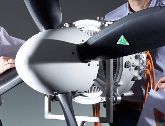 Siemens pobił wszelkie rekordy, zrobił silnik elektryczny do samolotów o mocy 260 kW i wadze zaledwie 50 kg 2