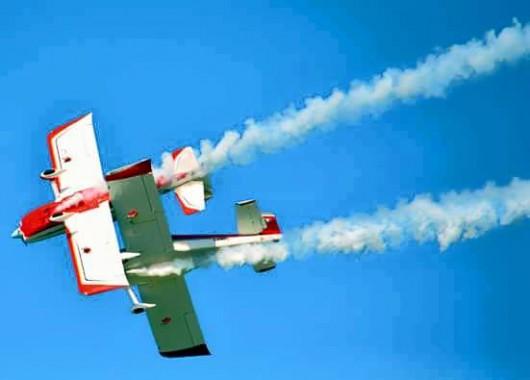 Tortoreto, Włochy - W czasie Air Show zderzyły się dwa samoloty