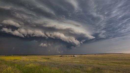 USA - Burze i kilkanaście tornad przetoczyło się przez kraj 7