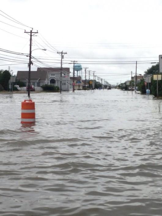 USA - Na północnym-wschodzie ulewne deszcze i powodzie 2
