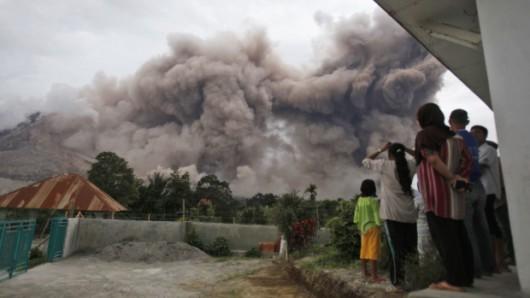Wulkan Sinabung 1