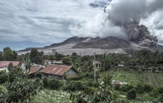 Wulkan Sinabung 4