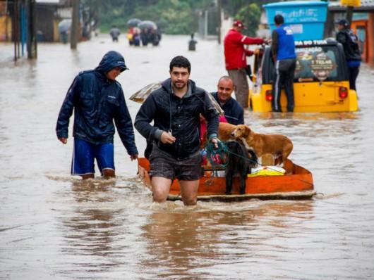 Brazylia - Pod wodą znalazło się 61 miejscowości na południu kraju -4