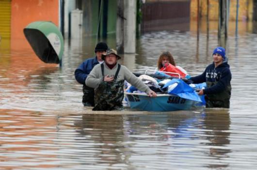 Brazylia - Pod wodą znalazło się 61 miejscowości na południu kraju -9