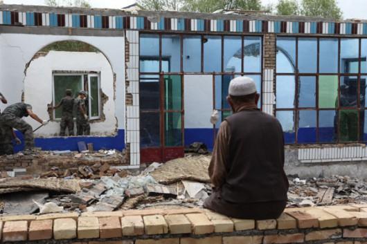 Chiny - Trzęsienie ziemi o magnitudzie 6.5 w prowincji Xinjiang 6
