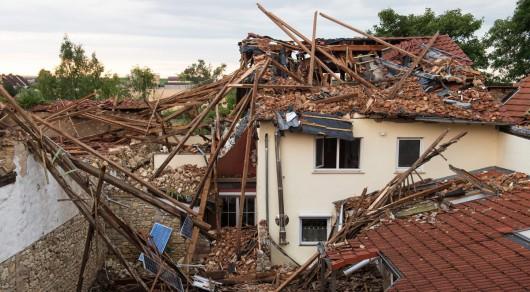 Framersheim, Niemcy - Trąba powietrzna uszkodziła około sto budynków 2