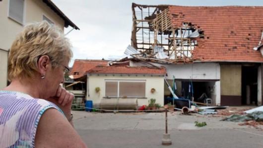 Framersheim, Niemcy - Trąba powietrzna uszkodziła około sto budynków 3