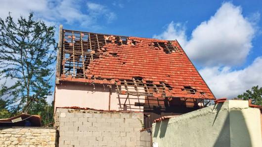 Framersheim, Niemcy - Trąba powietrzna uszkodziła około sto budynków 8