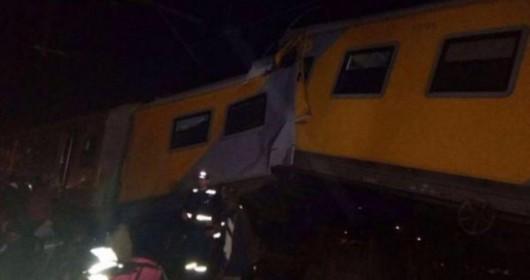 Johannesburg, RPA - Ponad 200 osób rannych w katastrofie kolejowej -1