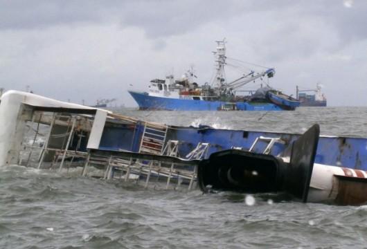 Kair, Egipt - Na Nilu zderzyły się dwie łodzie -1