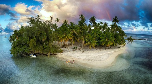 "3 miejsce w kategorii Natura - ""Lost island, Tahaa, French Polynesia"" Marama Photo Video"