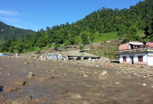 Nepal - Lawina błotna zabiła w kilku wioskach co najmniej 30 osób -2