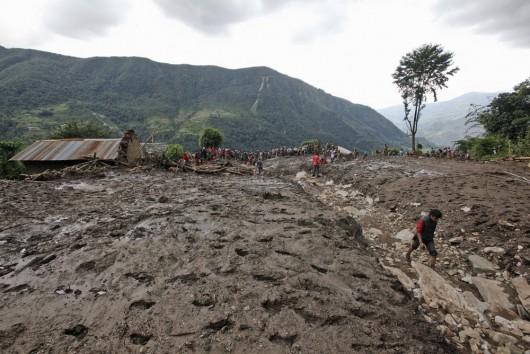 Nepal - Lawina błotna zabiła w kilku wioskach co najmniej 30 osób