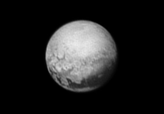 Zdjęcie Plutona z 9 lipca 2015 r.
