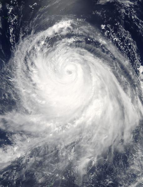 Tajfun Chan-Hom 8 lipca o godzinie 6:25 czasu polskiego