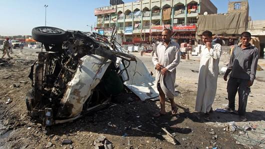 Bagdad, Irak - W ogromnym zamachu bombowym zginęło co najmniej 76 osób -2