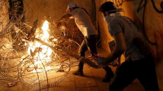 Bejrut, Liban - Tysiące demonstrantów chce upadku reżimu -1