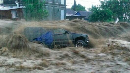 Burza tropikalna Erika przetoczyła się przez Karaiby -5