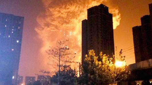 Chiny - Potężna eksplozja w Tianjin -4