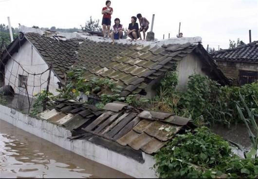 Korea Północna - Po wielomiesięcznej suszy ulewne deszcze, powódź zabiła 40 osób -3