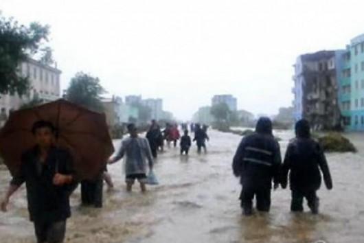 Korea Północna - Po wielomiesięcznej suszy ulewne deszcze, powódź zabiła 40 osób