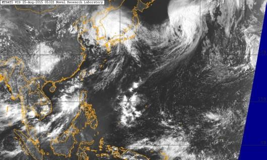 Obraz satelitarny Pacyfiku