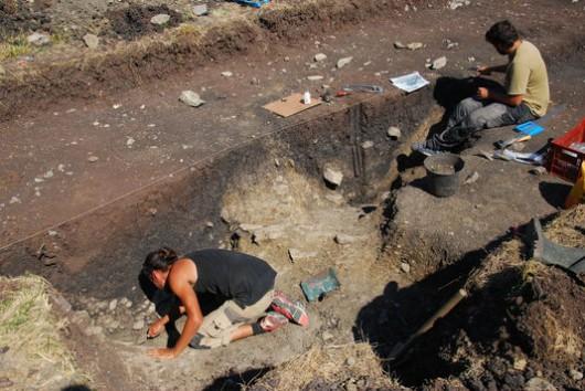Owernia, Francja - Podczas prac archeologicznych natrafiono na kompleks ponad tysiąca spichlerzy z epoki galijskiej