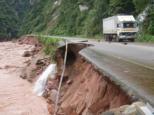 Peru - Trzymetrowe fale i wiatr