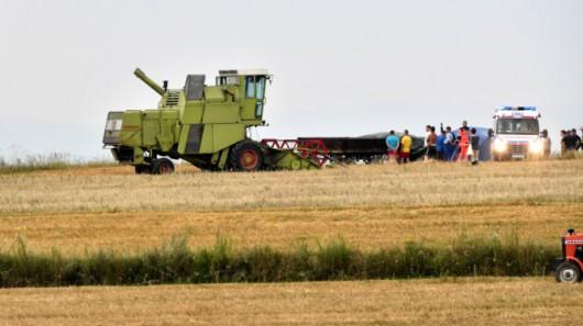 Polska - Piorun poraził 6 osób podczas prac polowych w Więcławicach Dworskich, jedna osoba nie żyje