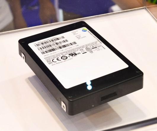 Samsung zrobił szybki dysk SSD o pojemności 16 TB w obudowie 2.5 cala -2