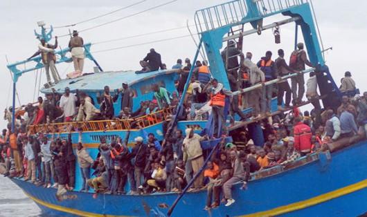 Statek z imigrantami