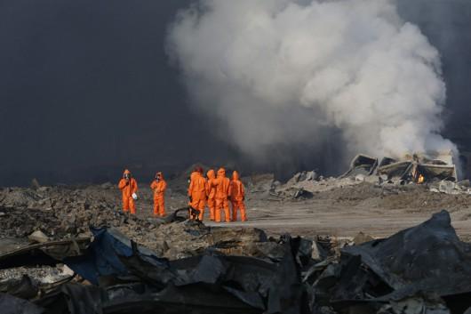 Tianjin, Chiny - W promieniu trzech kilometrów ewakuowano ludzi, wykryto cyjanek sodu