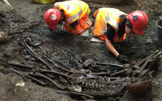 UK - W Londynie znaleziono masowy grób ze zwłokami 30 ofiar wielkiej zarazy z 1665 roku -3