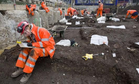 UK - W Londynie znaleziono masowy grób ze zwłokami 30 ofiar wielkiej zarazy z 1665 roku -4