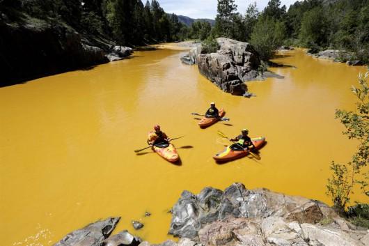 USA - Jedna z rzek w Kolorado zmieniła kolor na pomarańczowy -3