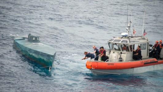 USA - Rekordowy ładunek 8 ton kokainy o wartości 181 mln dolarów na mini łodzi podwodnej