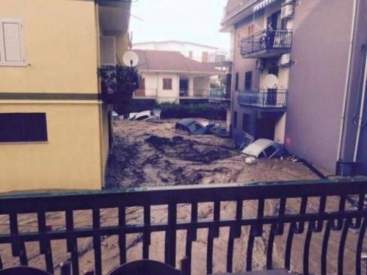 Włochy - Dramatyczna sytuacja po nocnych nawałnicach na wybrzeżu Kalabrii -5