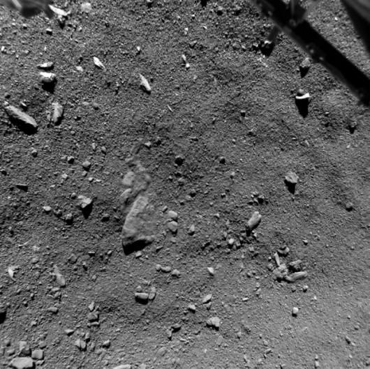 Widok miejsca lądowania z wysokości 9 metrów /ESA/Rosetta/Philae/ROLIS/DLR /