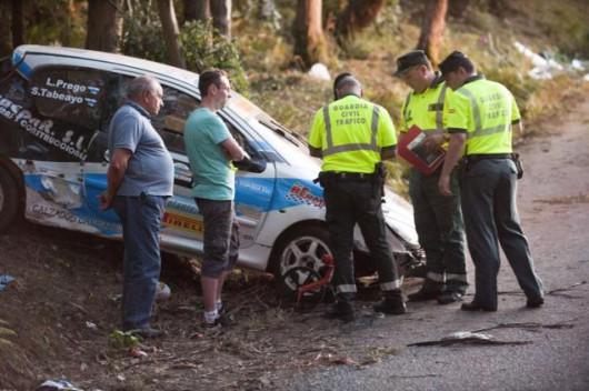A Coruña, Hiszpania - Sześć osób zginęło, a kilkanaście zostało rannych podczas wypadku na rajdzie samochodowym -1