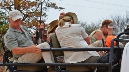 Alldays, Republika Południowej Afryki - Trzynastu bogatych turystów z Europy pojechało zrobić rzeź dzikich zwierząt dla przyjemności 2