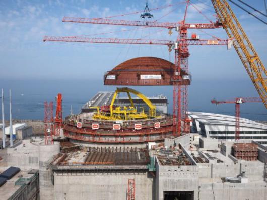 Francja - Ogromne problemy podczas budowy najnowocześniejszej elektrowni atomowej