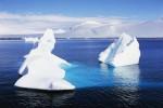 ANTARCTICA - MAY 05: Icebergs, Paradise Harbour, Antarctic Peninsula, Antarctica. (Photo by DeAgostini/Getty Images)