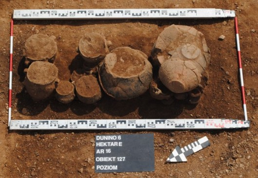 Polska - W okolicach Legnicy natrafiono na doskonale zachowane cmentarzysko sprzed 4000 lat -2