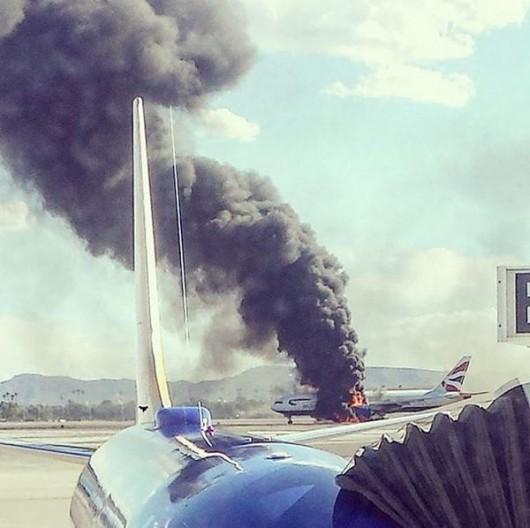 USA - Podczas kołowania na lotnisku w Las Vegas zapalił się silnik w samolocie pasażerskim linii British Airways -1
