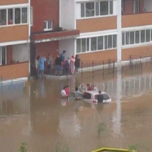 Ussurijsk, Rosja - Potężna nawałnica zalała miasto i zwierzęta w zoo -10