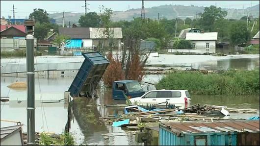 Ussurijsk, Rosja - Potężna nawałnica zalała miasto i zwierzęta w zoo -12