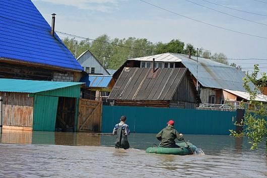 Ussurijsk, Rosja - Potężna nawałnica zalała miasto i zwierzęta w zoo -5