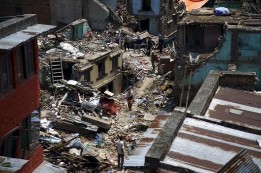 Afganistan - Silne trzęsienie ziemi o magnitudzie 7.5, co najmniej 105 osób zabitych -8