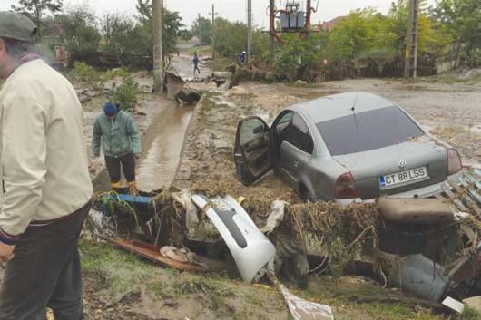 Corbu, Rumunia - Ulewne deszcze doprowadziły do powodzi -2